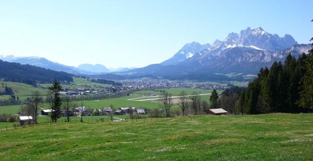 Vue de St Johann Kaisergebirge