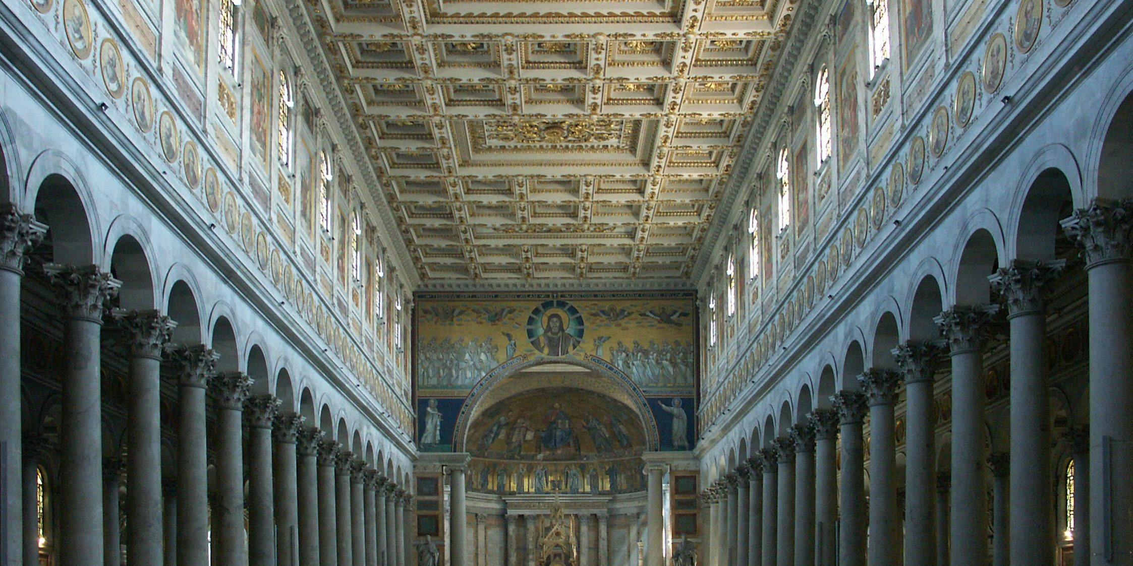 Intérieur de la Basilique Saint-Paul-hors-les-Murs